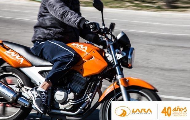 Permiso de conducir de coche o moto