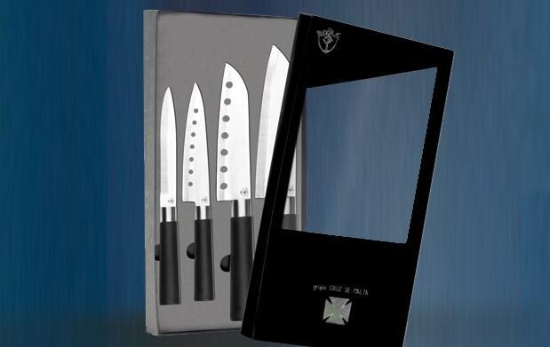 4 Cuchillos Roble Grupo Cruz de Malta