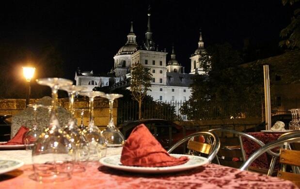 Noche para 2 y Cena en El Escorial