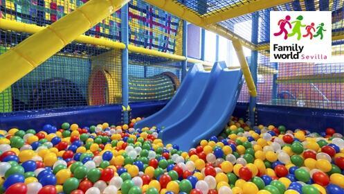 Parque infantil de aventuras y bolas