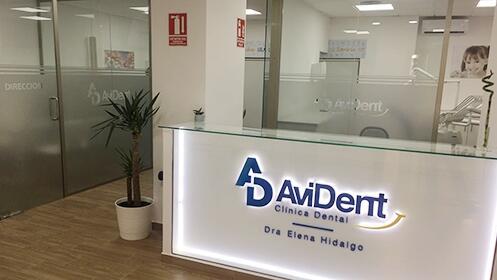 Blanqueamiento dental LED + limpieza