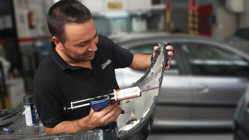 Servicio de reparación y pintura de coche