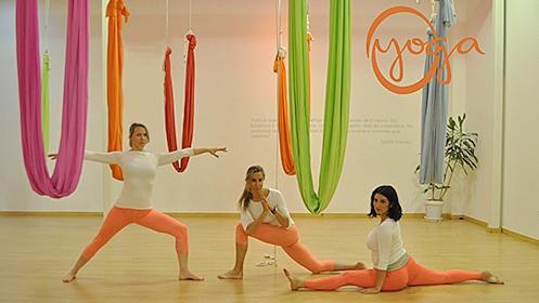 Clase de yoga a elegir en Oyoga