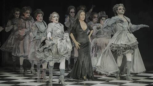 La Familia Addams, una comedia musical de Broadway