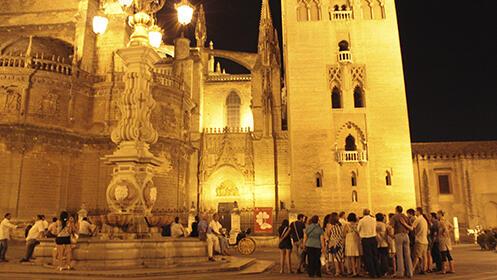Rutas nocturnas: Sevilla bajo las estrellas